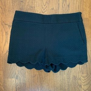 LOFT black scalloped shorts